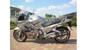 Yamaha FJR1300 - Three Tec C
