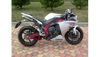 Yamaha R1 (09-)