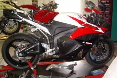 Honda-cbr600rr-bodis-oval-q2-2
